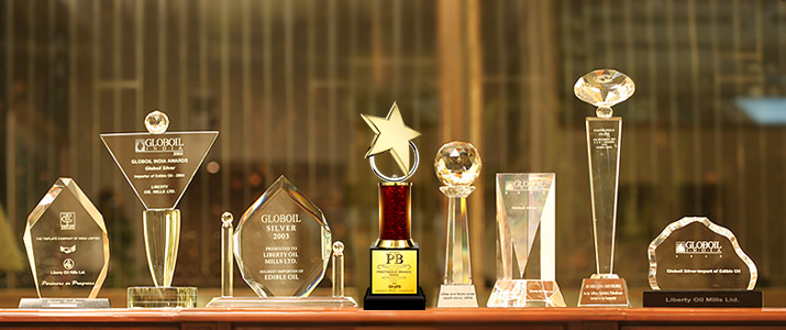 Crystal Awards - Recognizing & Rewarding Staff and Clients